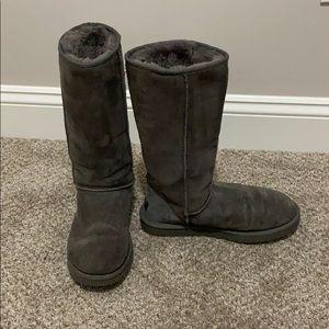 Grey classic tall UGGs